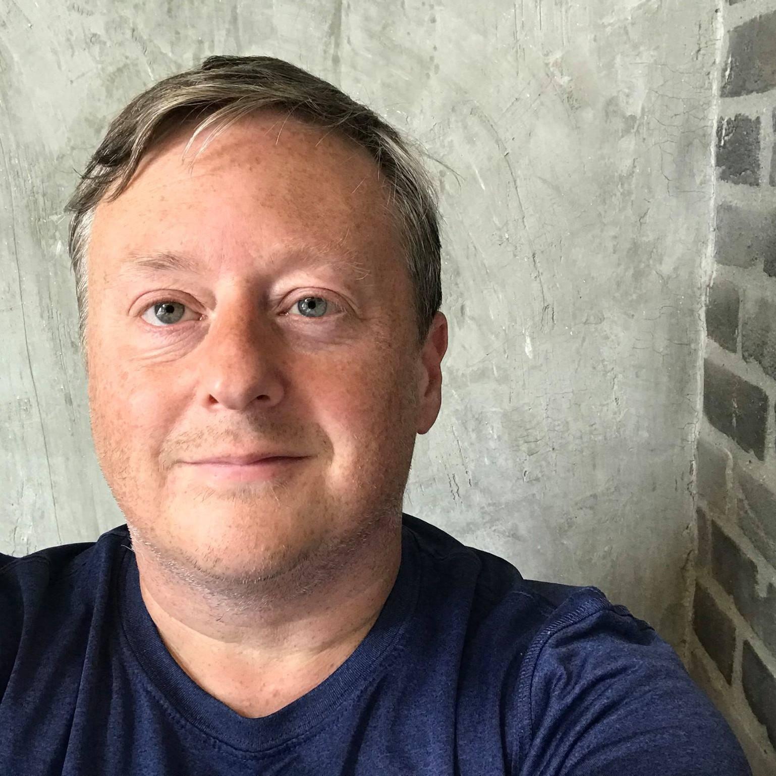 Remote work coach, Darren Cronian